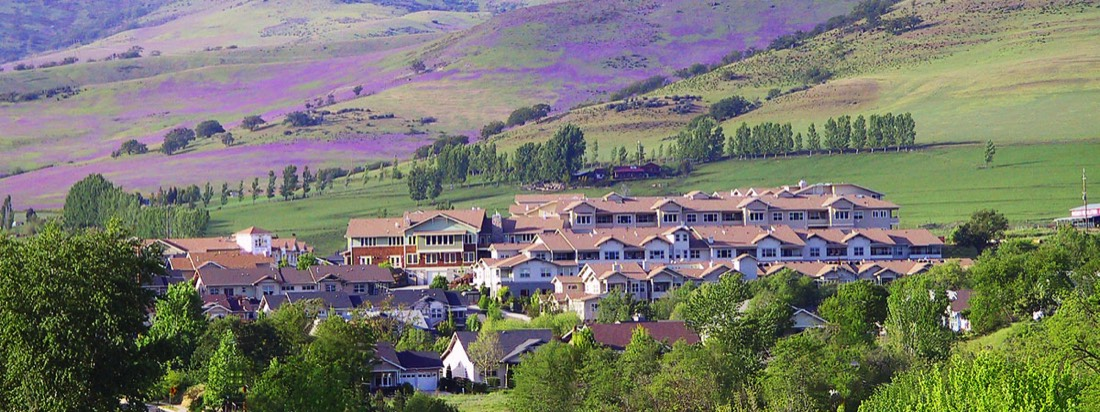 Mountain Meadows Community | Ashland, Oregon
